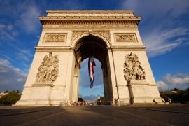 Challenger banks in France